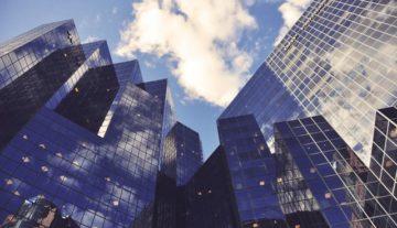 Jak założyć spółkę z ograniczoną odpowiedzialnością korporacje biznes budynki firma adwokat z Rzeszowa specjalista ze spółek