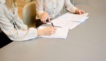 napisanie umowy podpisanie umowy adwokat od umów sprawdzenie negocjacje biznes firma umowa