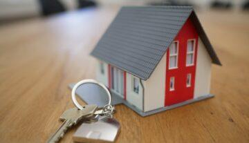 umowa o dożywocie nieruchomości dom klucze własność mieszkanie