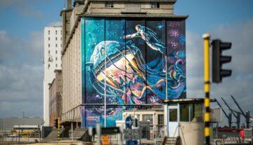 mural na budynku reklama plakat billboard kosmos sztuka uliczna umowa o reklamę wykonanie zlecenia dzieła